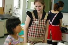 $奈良の英会話スクールでレッスンや子供の英語教室なら HAYA English Academy (ハヤ イングリッシュ アカデミー)のブログ-ホットケーキ作り、真剣です!